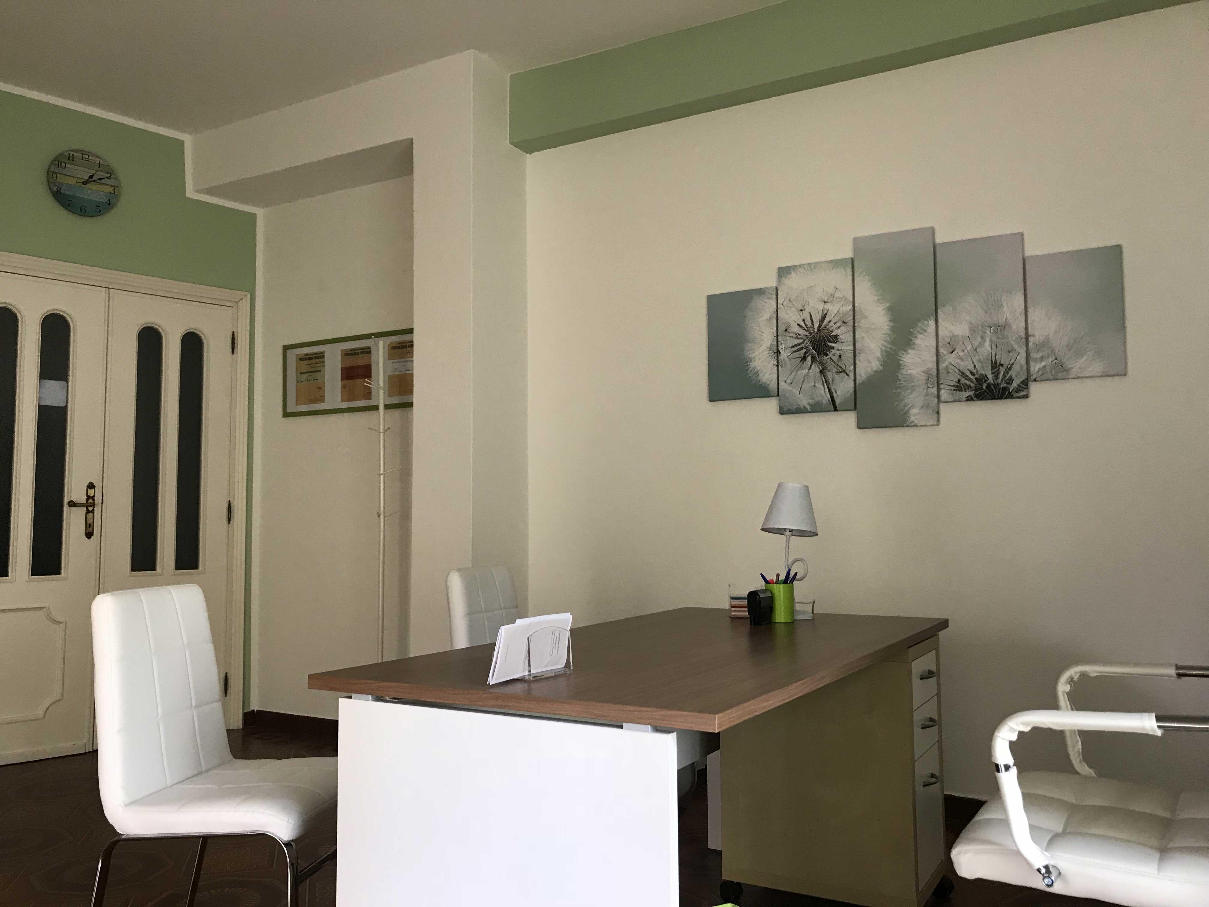 Studio-psicologa-Nuoro-Arca-quadro-verde